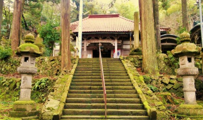 粟津(あわづ)温泉 大王寺