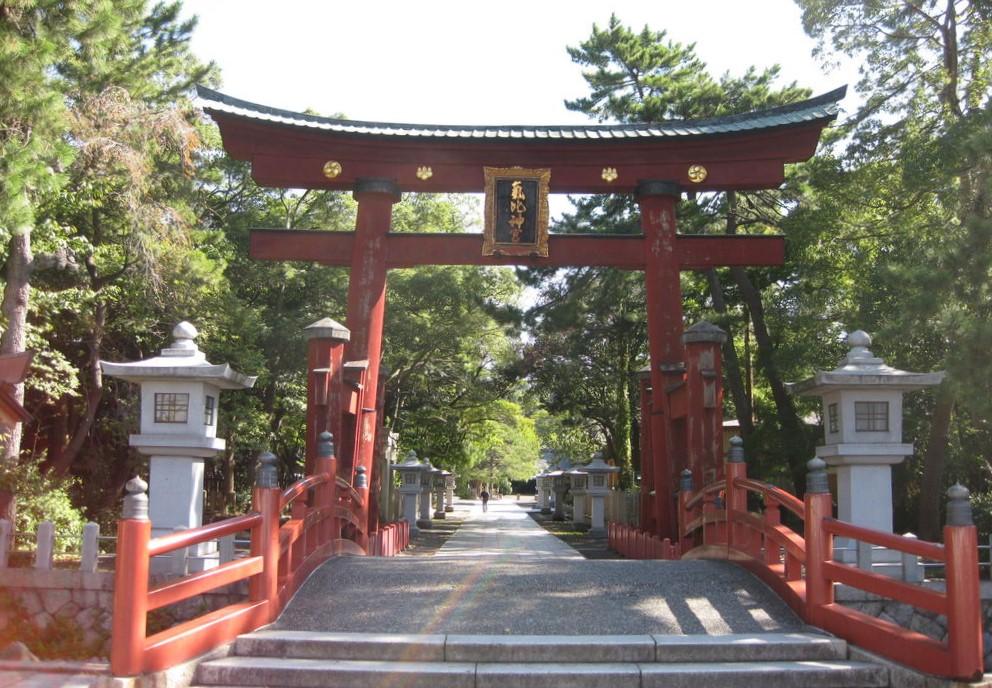 福井県敦賀市 気比神宮の鳥居
