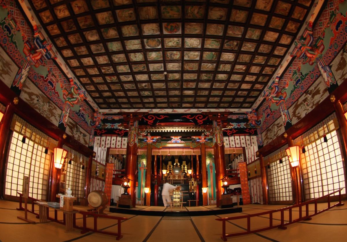 大神山神社(奥宮)の拝殿での病気平癒祈祷