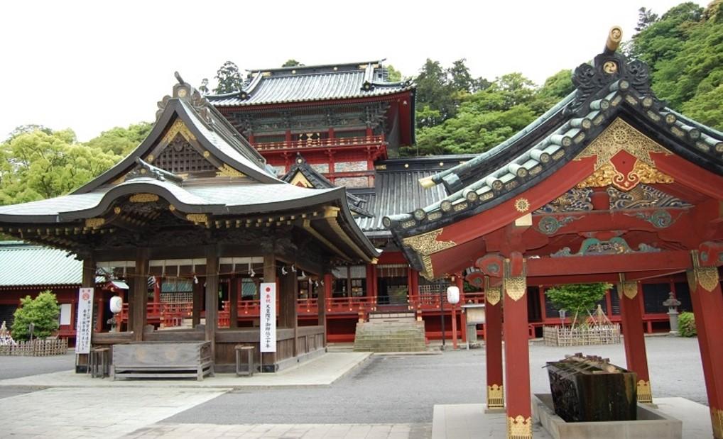 静岡県静岡市 静岡浅間神社の境内