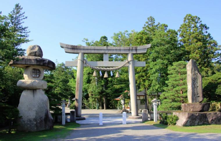 富山県南砺市 高瀬神社
