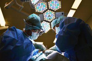 大腸がん腹腔鏡下手術・肛門温存手術の名医